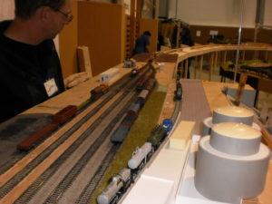 Rýsují se zásobníky mazutu a zajímavé stavební detaily.