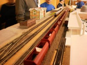Z plastových profilů se stejně dobře dělá dřevo i ocelové nosníky.